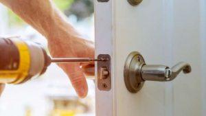 החלפת צילינדר לדלת